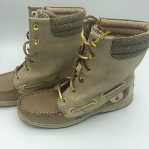 Sperry Topsider boots great condition